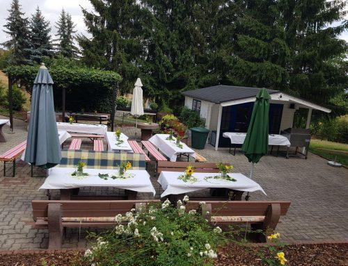 Grillfest in der Seniorenbetreuung in Heinrichsort